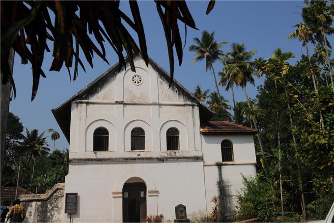 chendamangalam-fort