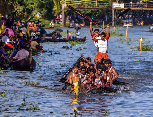 kumarakom-boat-race
