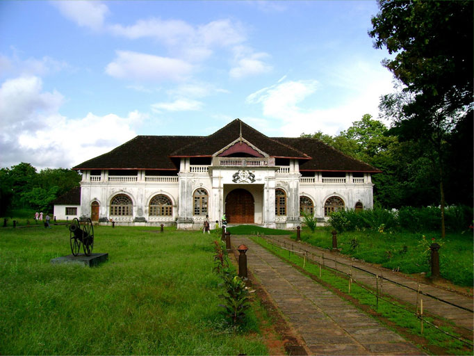 shakthan-thampuran