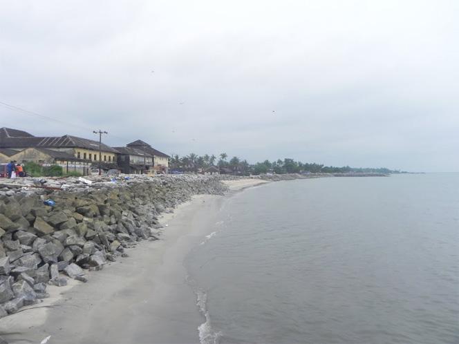 thalassery-beach