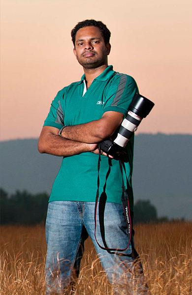 Featured Photographer : Prasanth Gulfu